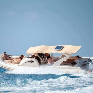 IO1 Yacht